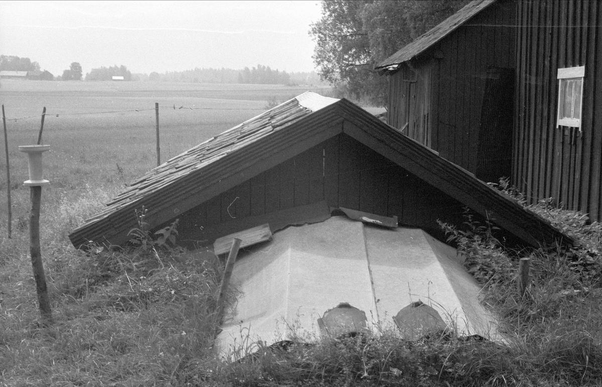 Jordkällare, Karlberg, Lytta 1:7 och 1:12, Lytta, Bälinge socken, Uppland 1976