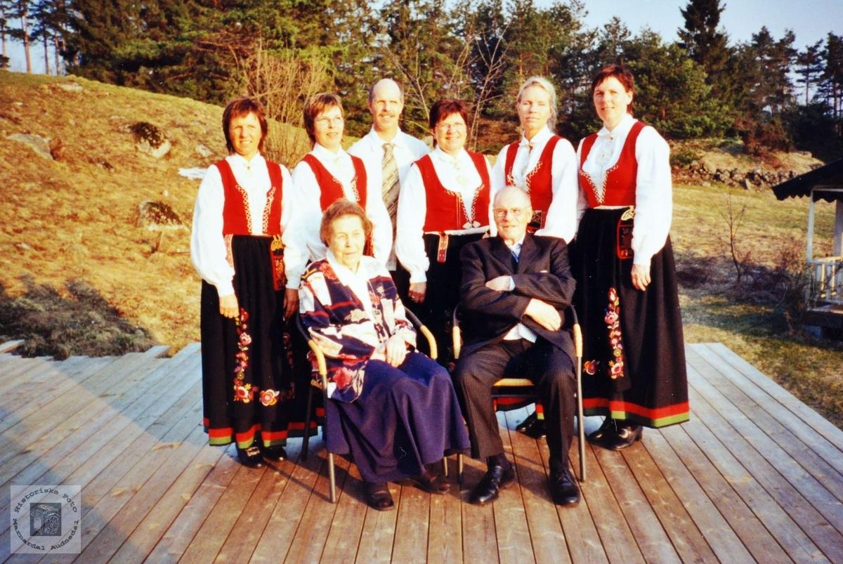 Familien Johansen med røtter på Sveindal, Grindheim Audnedal.