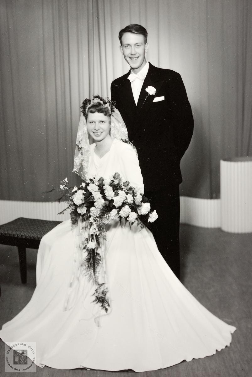 Brudebilde av Signe og Sigurd Høyland. Grindheim.