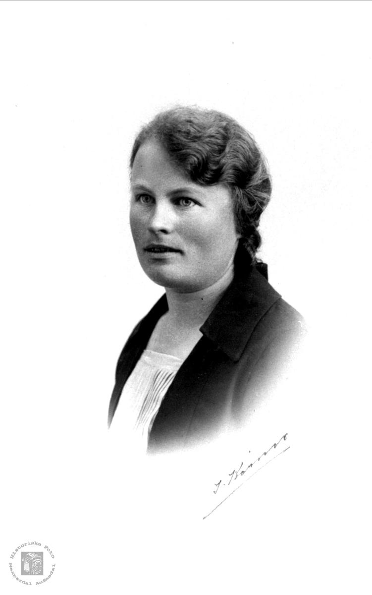 Portrett av Signe Hesså, Bjelland.