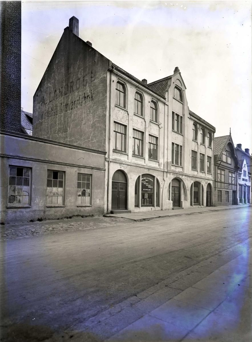Landrogs orgelfabrikk