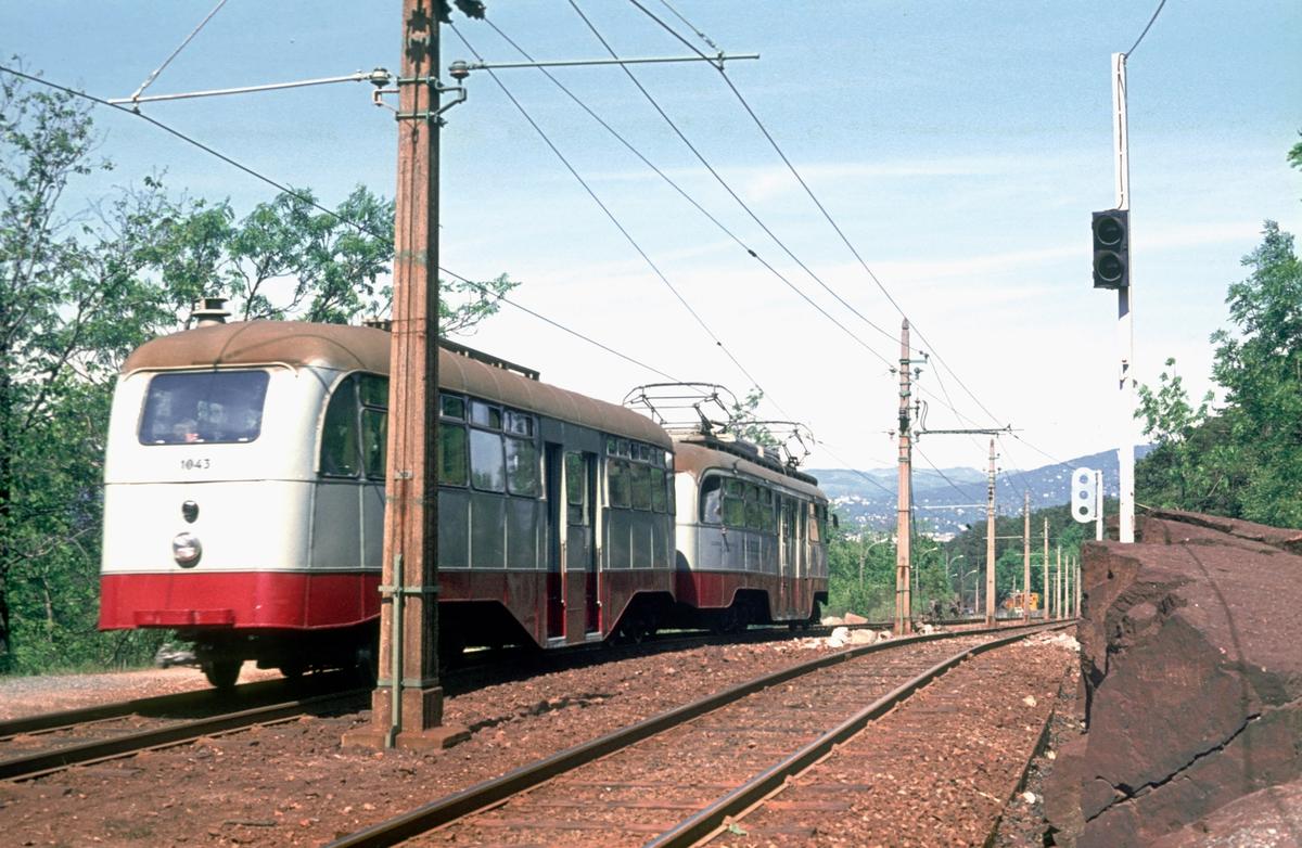 Ekebergbanen, Oslo sporveier. Vogn 1010 og 1043.