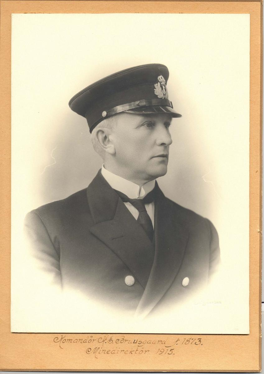Motiv: Kommandør H. E. Bruusgaard