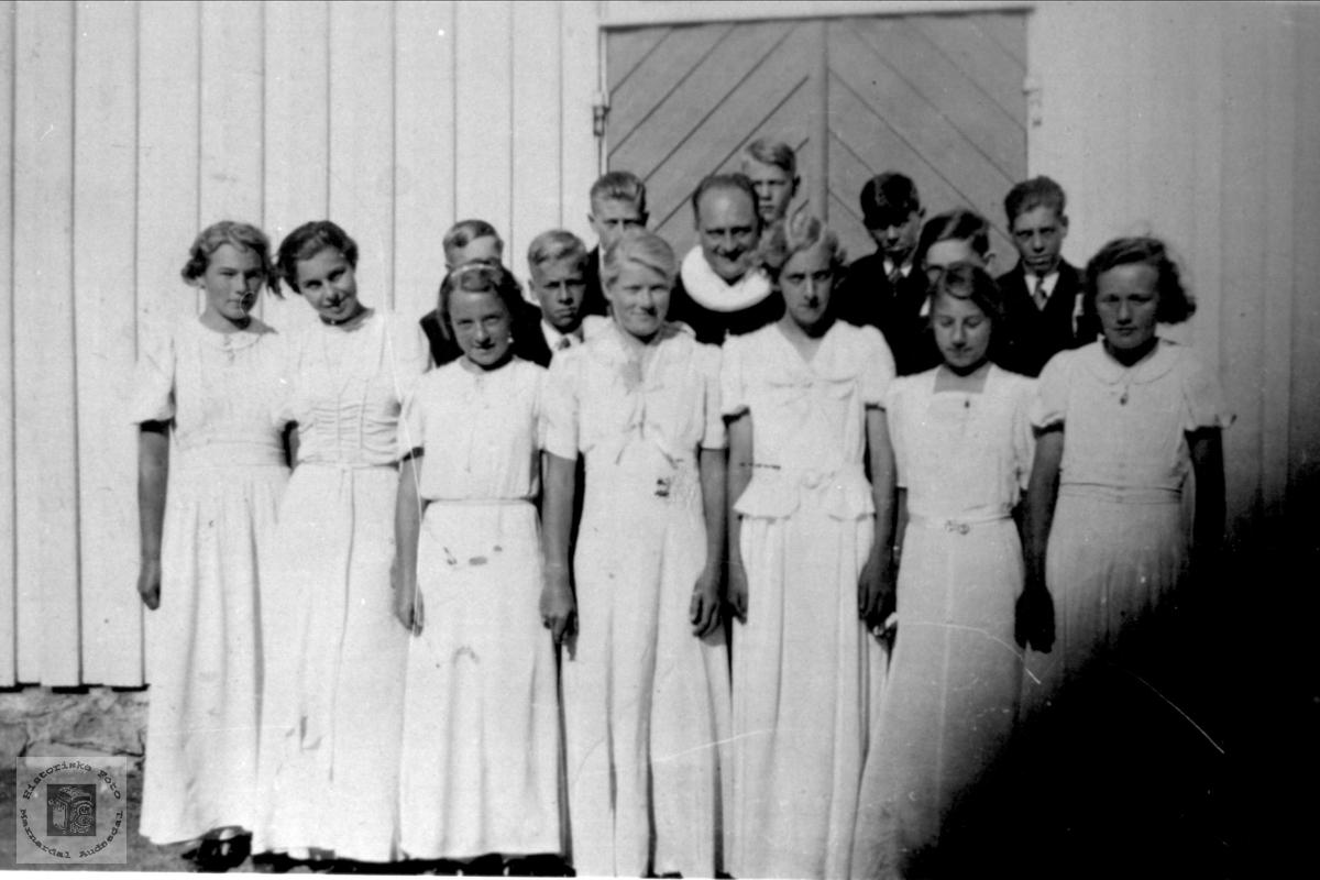 Konfirmanter 1937 Øyslebø