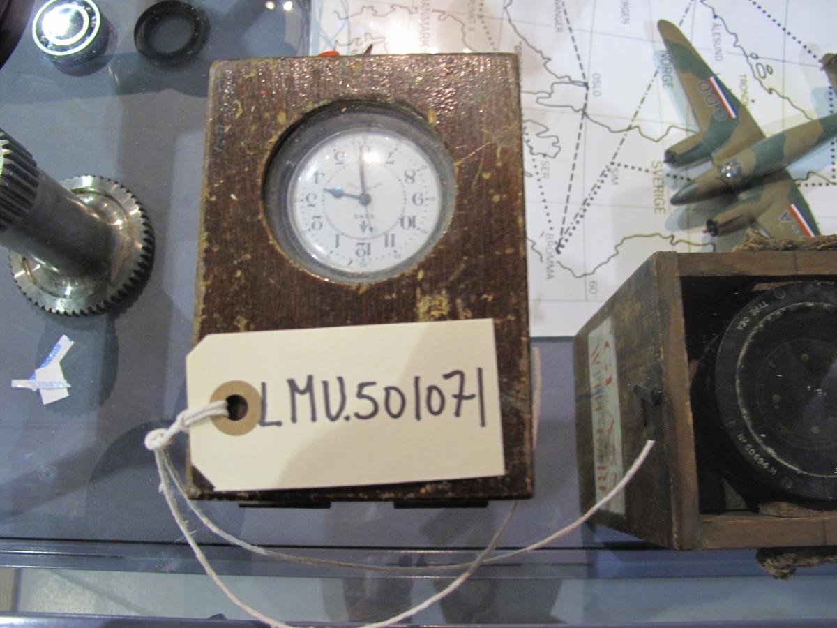 Navigaton Master Wach MFRS Part no. 3992B Produsent Hamilton co. Utlevert fra H.M. Cromometer Depot Bradford on Avon 27 Feb.1947