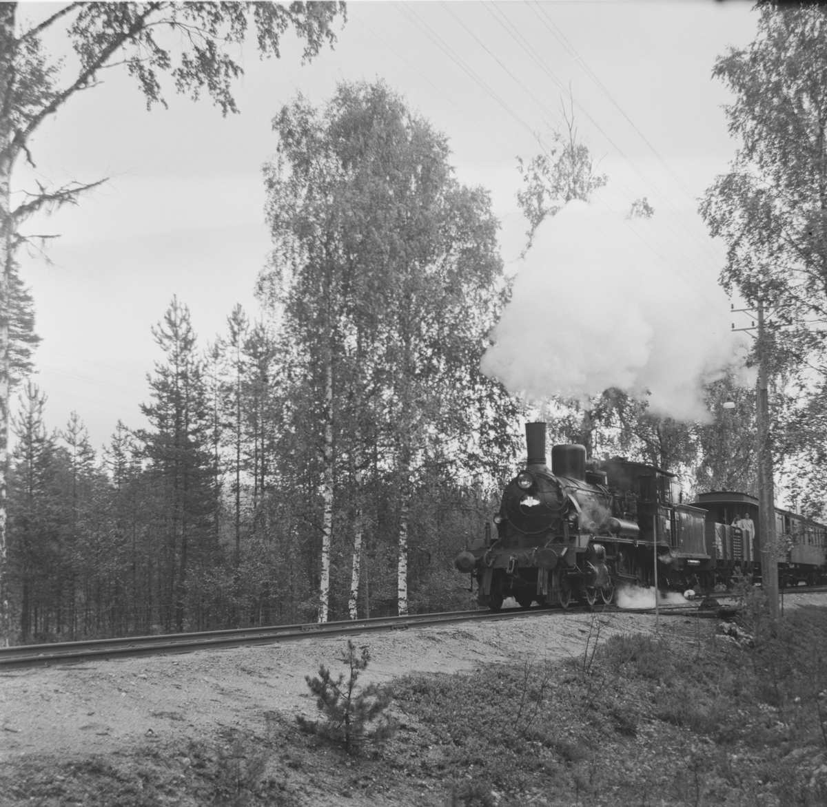 A/L Hølandsbanens veterantog til Krøderen nær Kløftefoss.