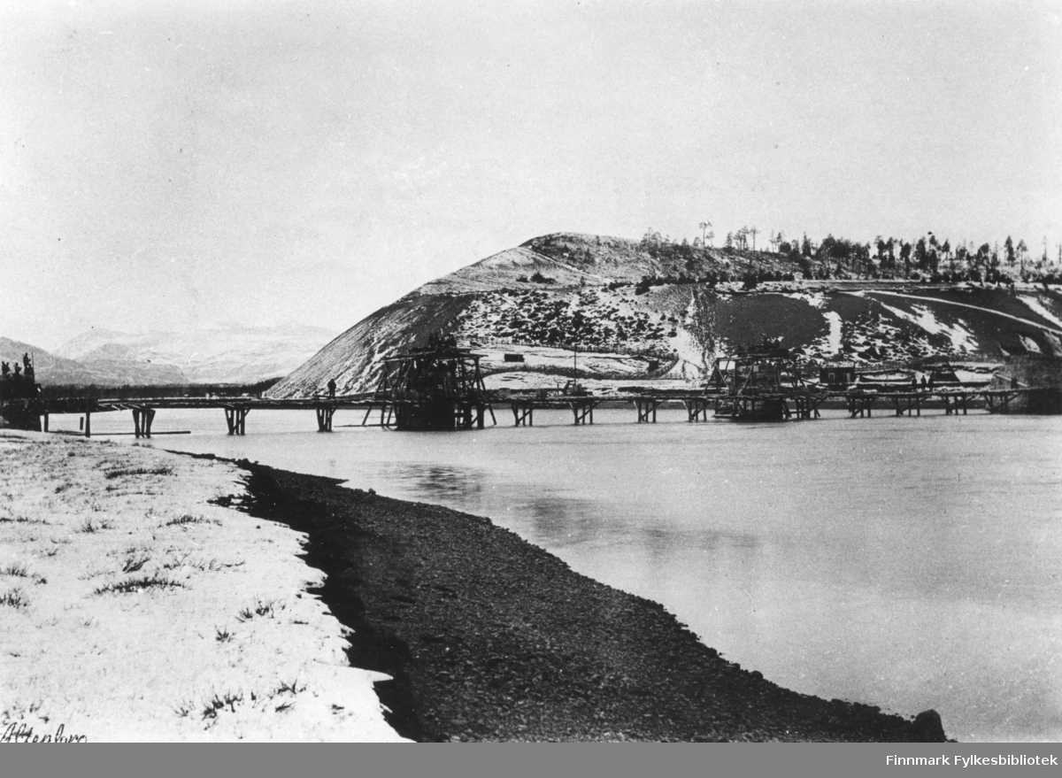 Byggingen av Alta brua 1894-1896.(Alten bru).