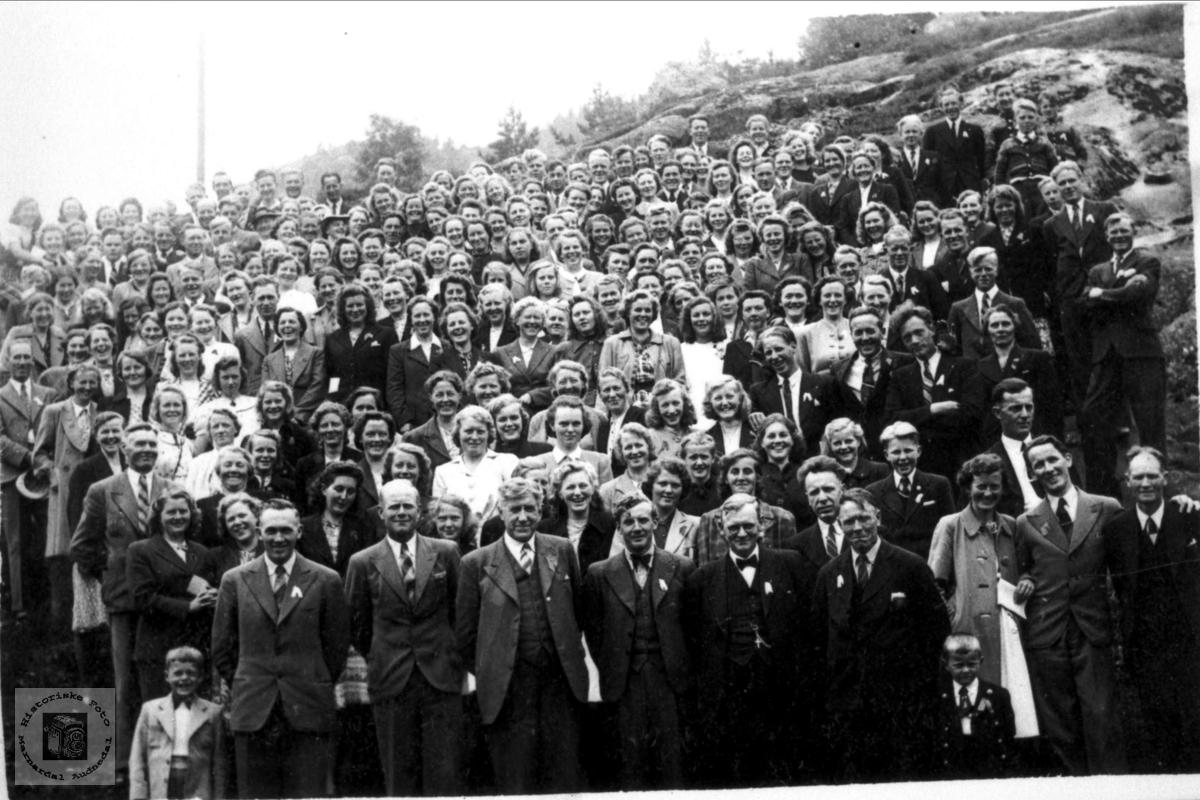 Under krigen 1940-1945. Bjelland.