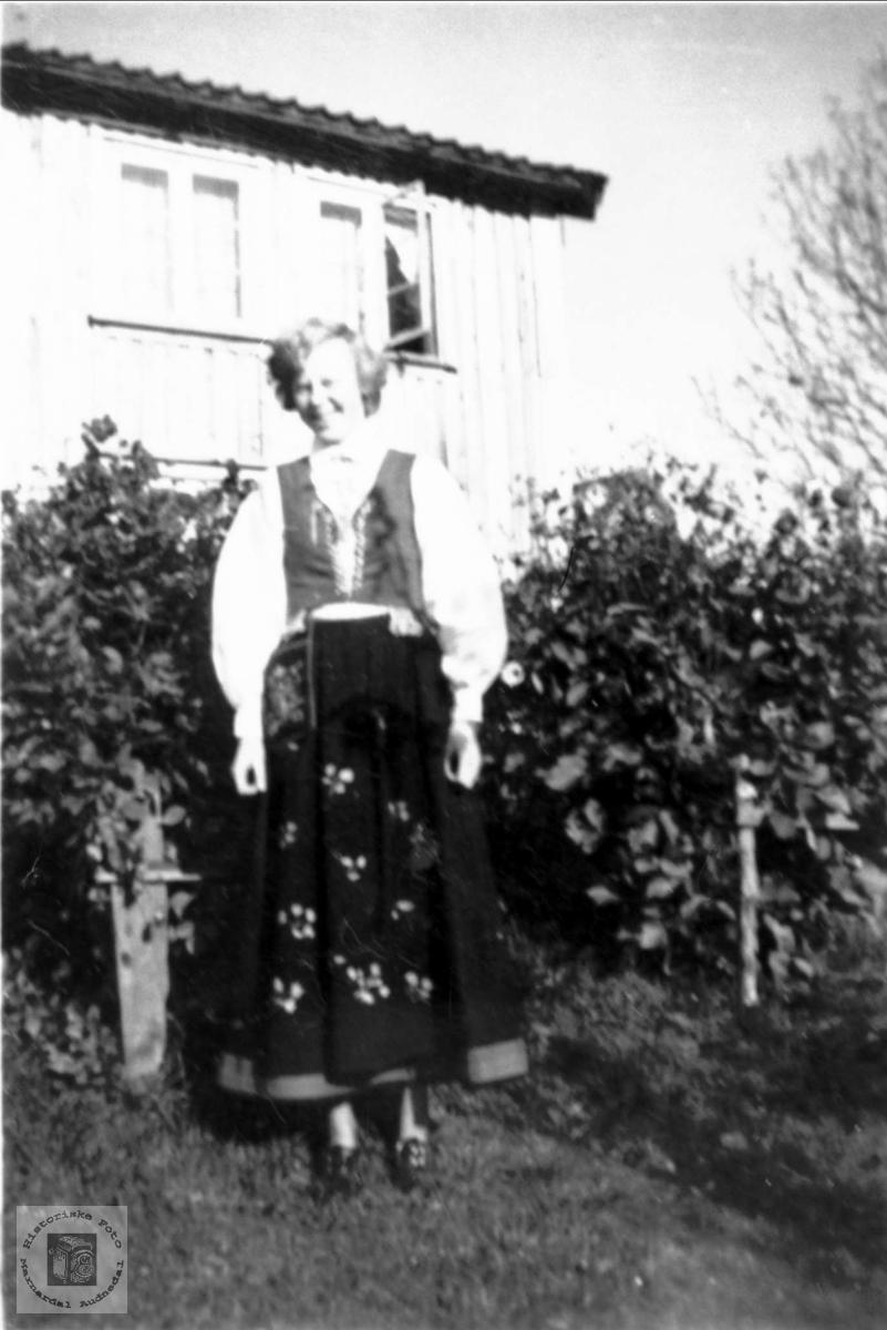 Konfirmant Arnhild Bjørnhom.