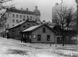 Yxhammarsgatan x Österlånggatan t.v. med kvarteret Bachus in