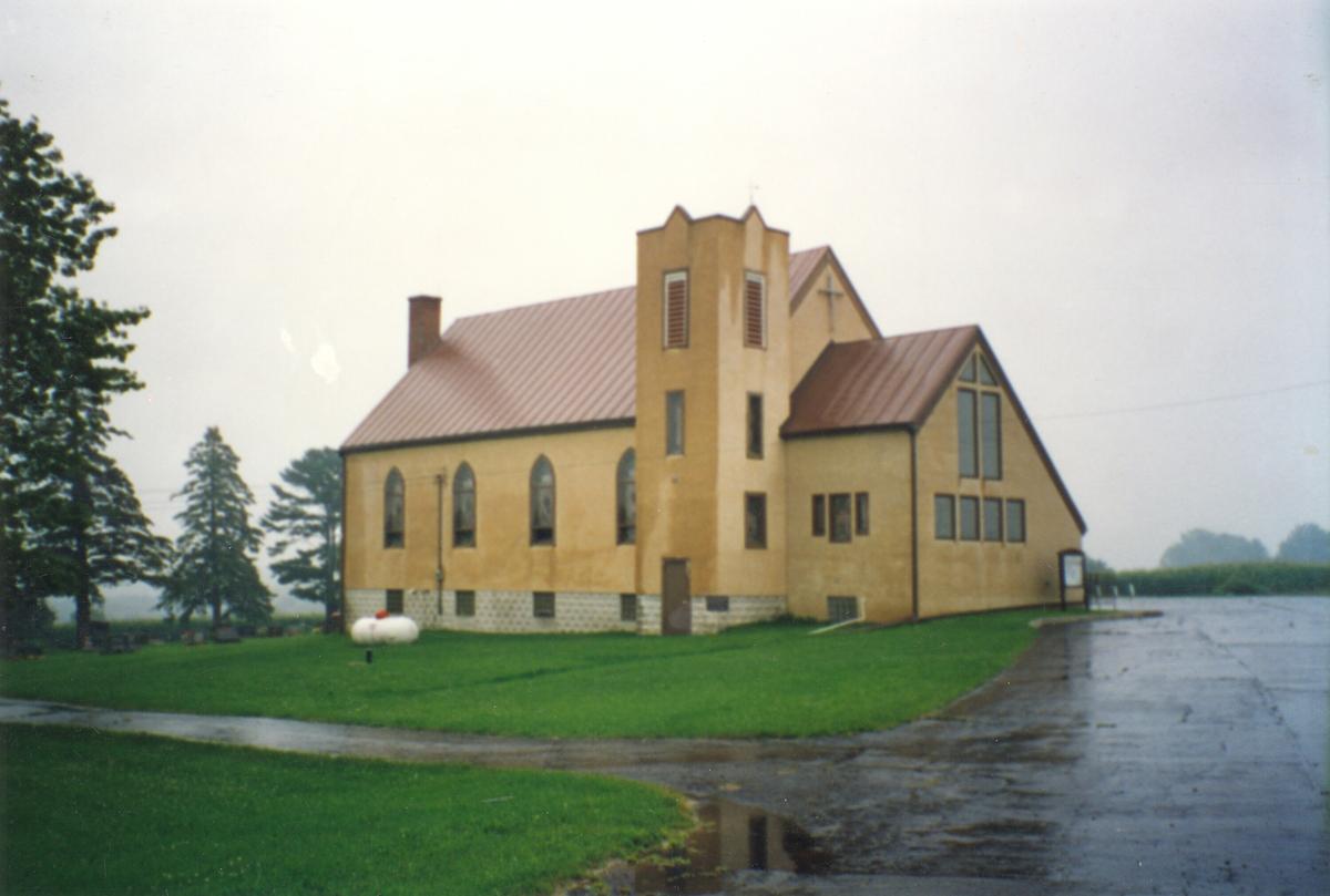 Kyrkjer i USA der Andres Eikjarud var prest og ein prestegard der han budde.