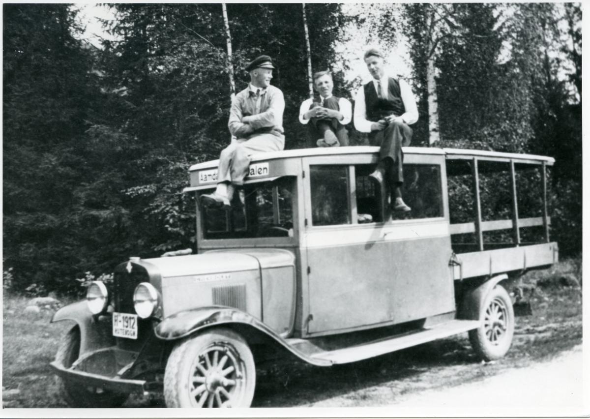 Frå venstre: Sigvart Lie, Mikkel Åmli og Rafael Lønskog.