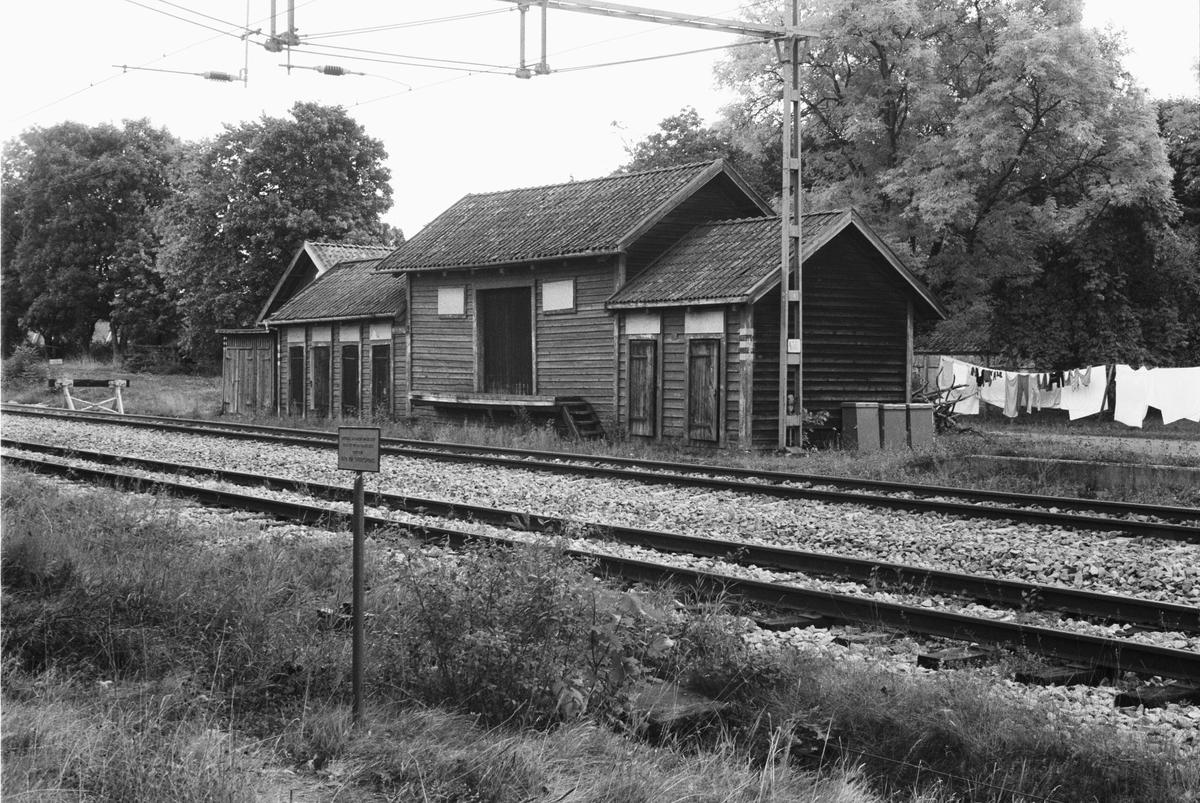 Godsmagasin, Vangsby 1:24, Vänge socken, Uppland 1982