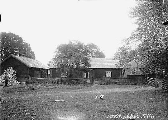 Jonas Jonssons gård, från mangården, i Sälja.