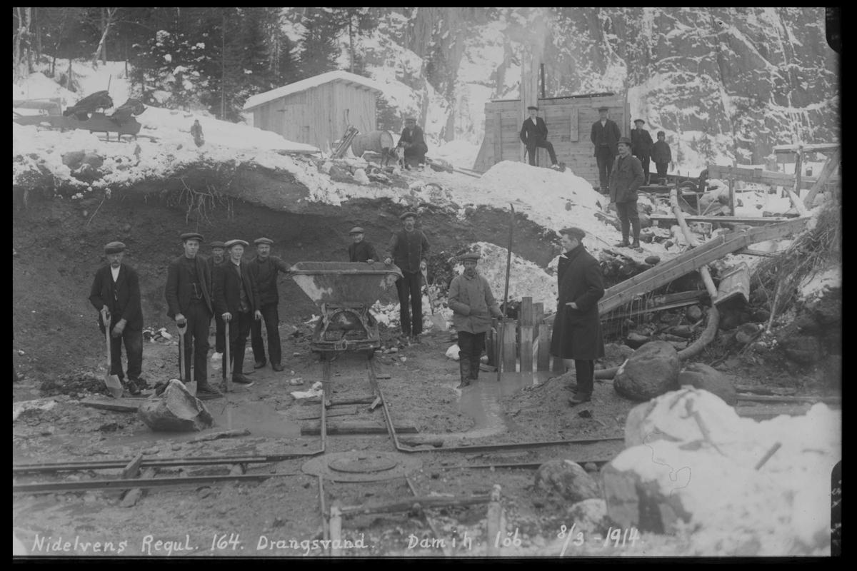 Arendal Fossekompani i begynnelsen av 1900-tallet CD merket 0446, Bilde: 4 Sted: Drangsvann dam Beskrivelse: Regulering