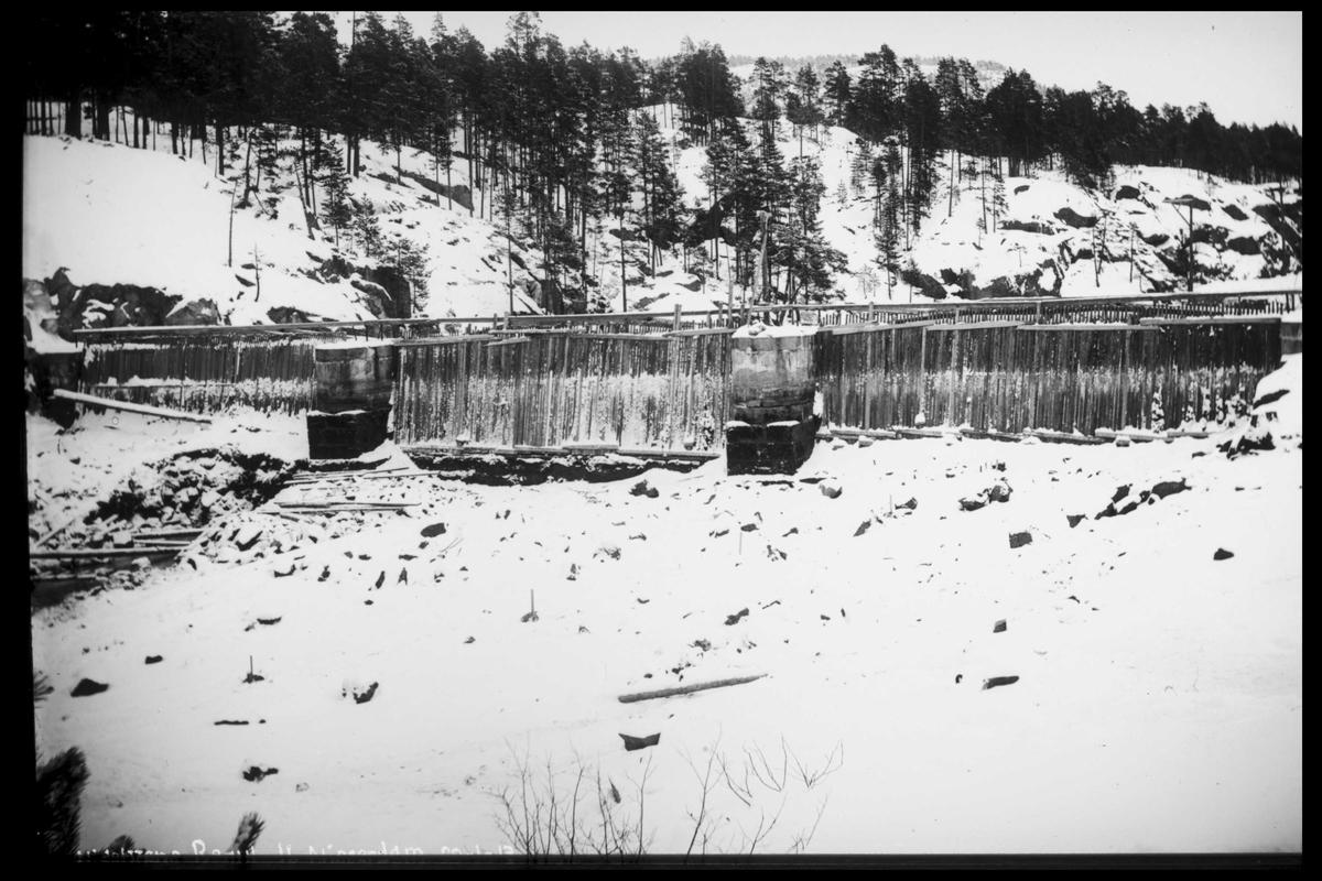 Arendal Fossekompani i begynnelsen av 1900-tallet CD merket 0565, Bilde: 52 Sted: Nisser Beskrivelse: Regulering Nisserdam