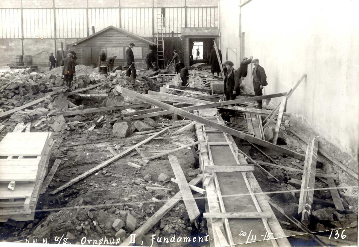 """""""20/11-1915"""" Nitriden. Fundamerteringsarbeider for Ovnshus II."""