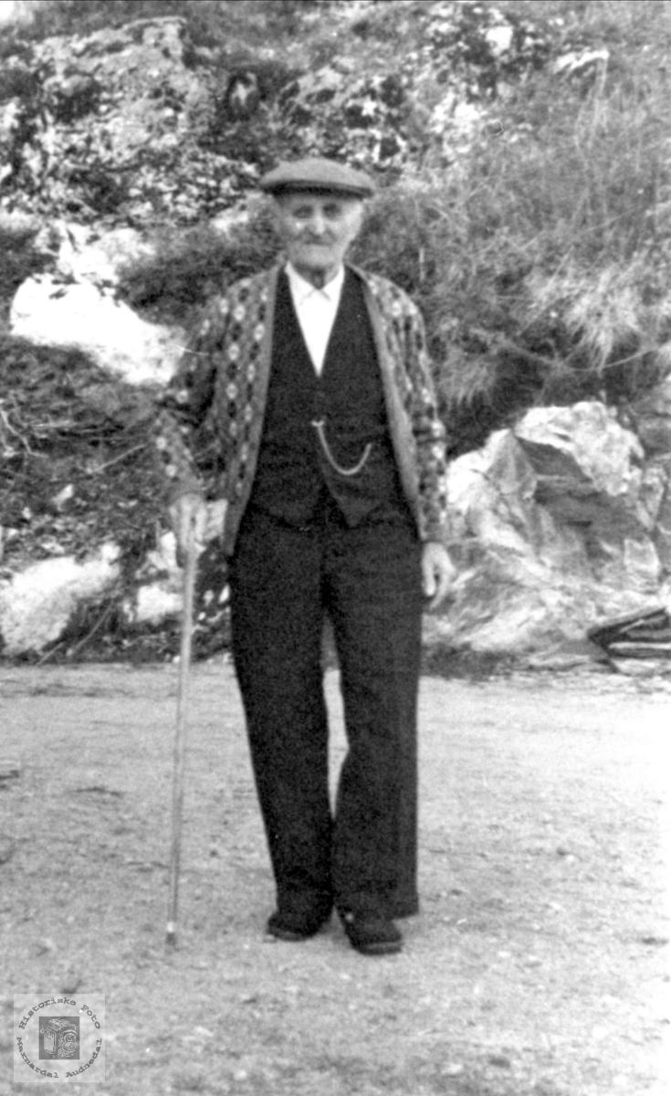 Portrett Knud Tobiasson Kvasshammer, Øyslebø.