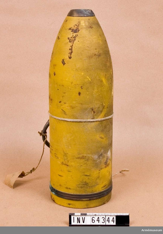 Grupp F II.  Med iskruvad detonatorhylsa, tom.