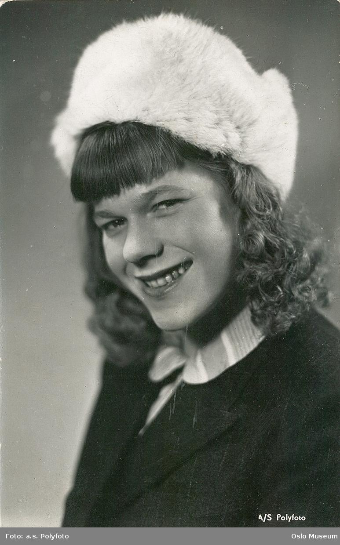 Hauge, Tulla (1917 - )