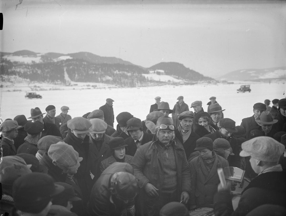 Mjøsløpet 1934, vinter, mennesker, Bjørnstad