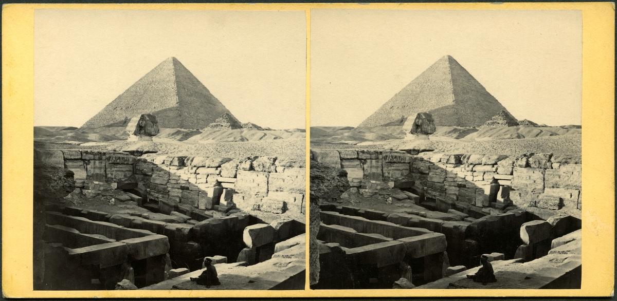 Stereobild med motiv av pyramid i Egypten. Giza, sfinxen och Cheops pyramid.