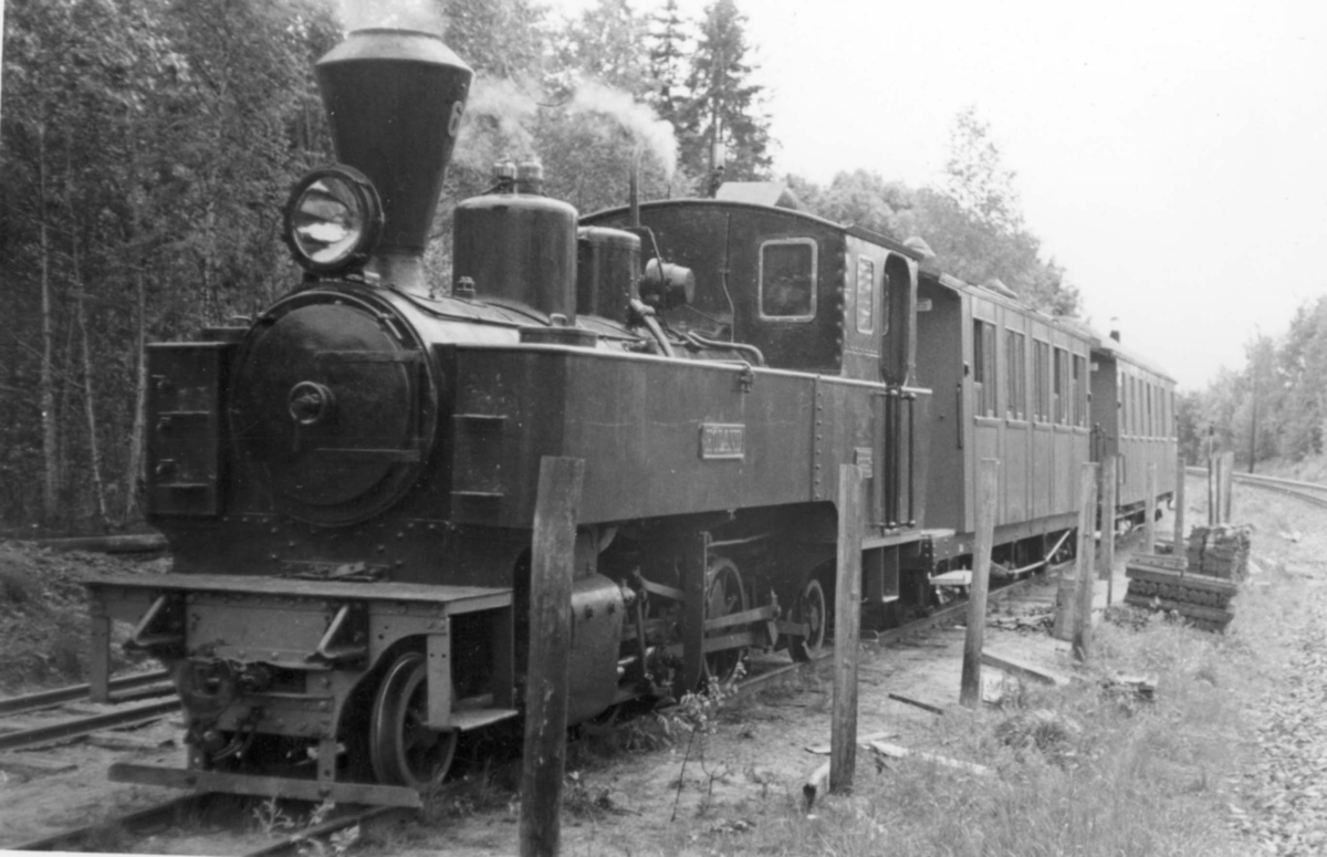 Damplokomotiv 6 HØLAND på Bingsfoss stasjon på museumsbanen  Urskog-Hølandsbanen.