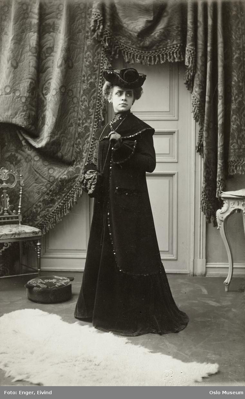 Fredriksen, Ragnhild (1882 - 1963)