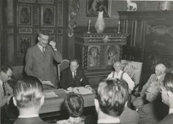 Ordfører Stordalen og Tilla og Otto Valstad, 9. juni 1949, d