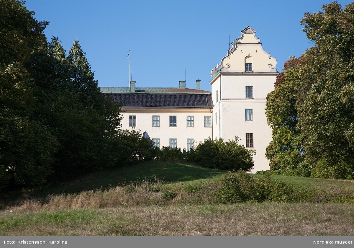 Tyresö slott, exteriör