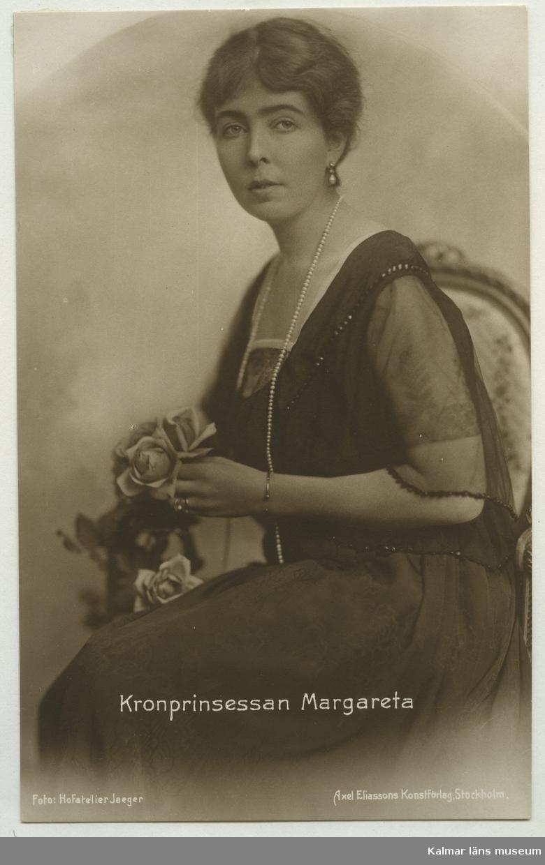 VY0011. Kronprinsessan Margareta. Foto: Hofatelier Jaeger. 1920?