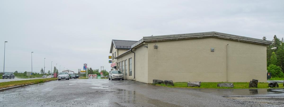 Esso bensinstasjon Bjertnesvegen Oppaker Nes
