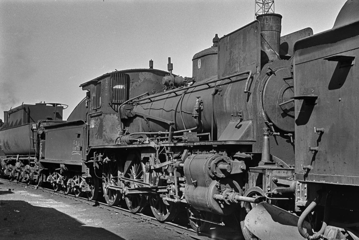 Hensatt damplokomotiv type 27a nr. 234 på Marienborg ved Trondheim. Lokomotivet ble senere tatt inn til revisjon.