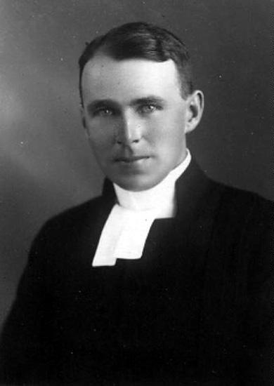 John Finnson f 1897 i Bograngen, kyrkoherde och prost i Norra Ny
