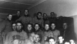 Repetitionsmöte vid I2 (Karlstads regemente). Längst ner til