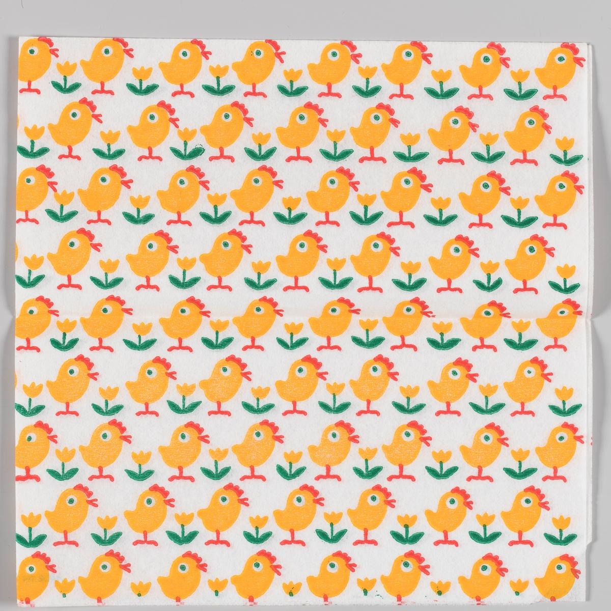 Kyllinger og en gul blomster i rekker.