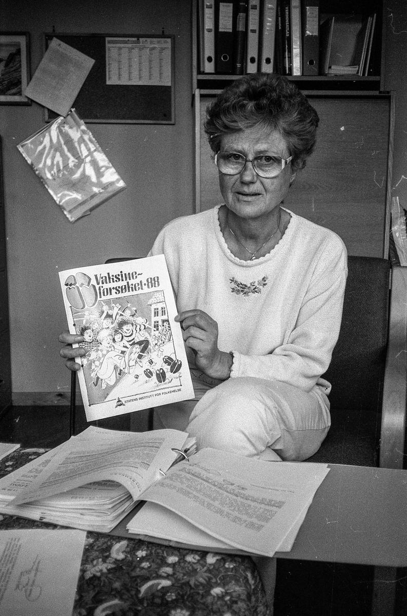 Ledende helsesøster i Ski, Alfhild Lind-Solstad om vaksinefasen mot hjernhinnebetennelse.