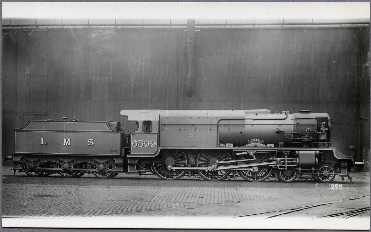 """London, Midland and Scottish Railway, LMS lok 6399 """"Fury"""". Ett försökslok som senare byggdes om till LMS Royal Scot  6170 """"British Legion""""."""