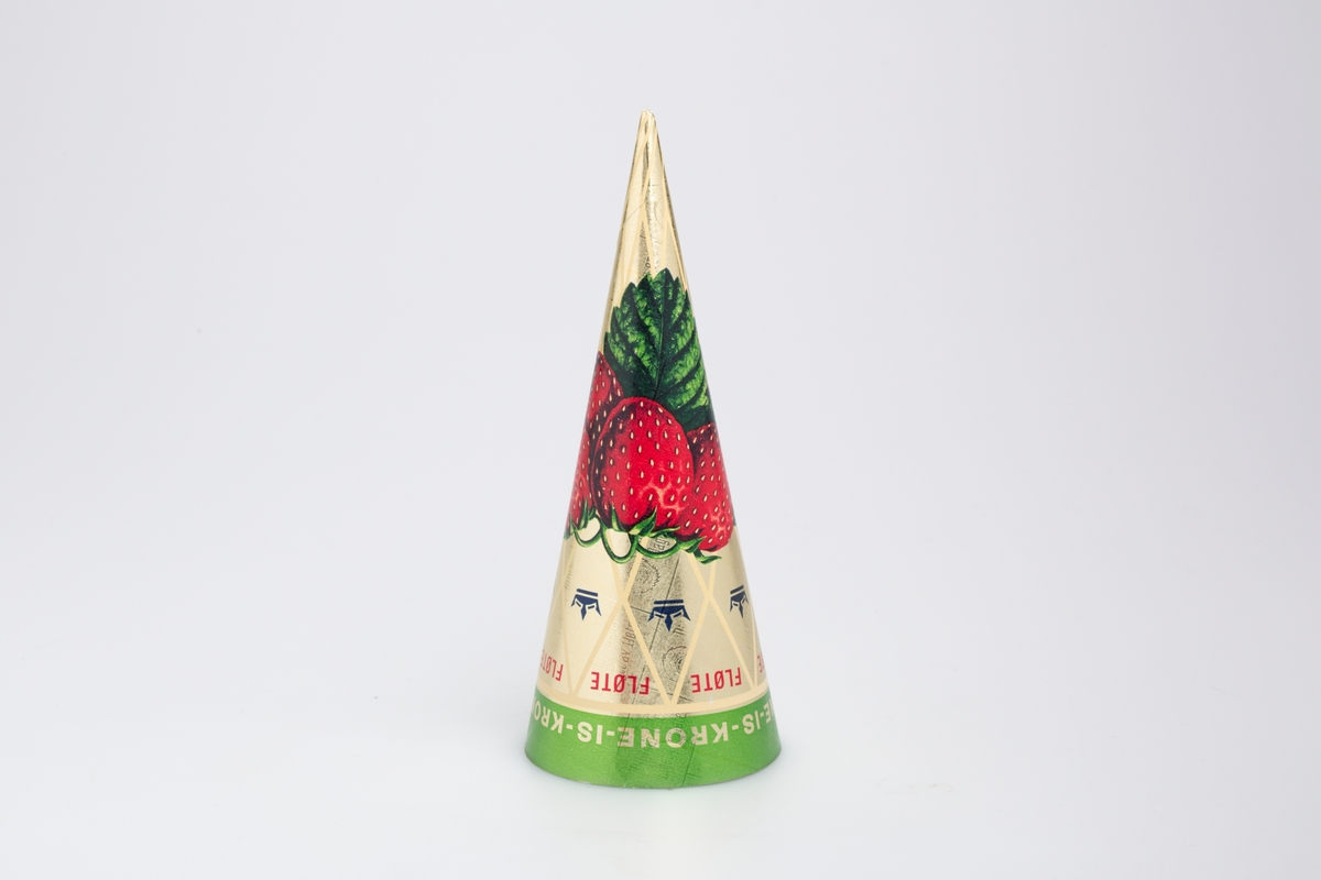 Fire jordbær i en klase.