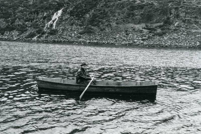 Mann i robåt