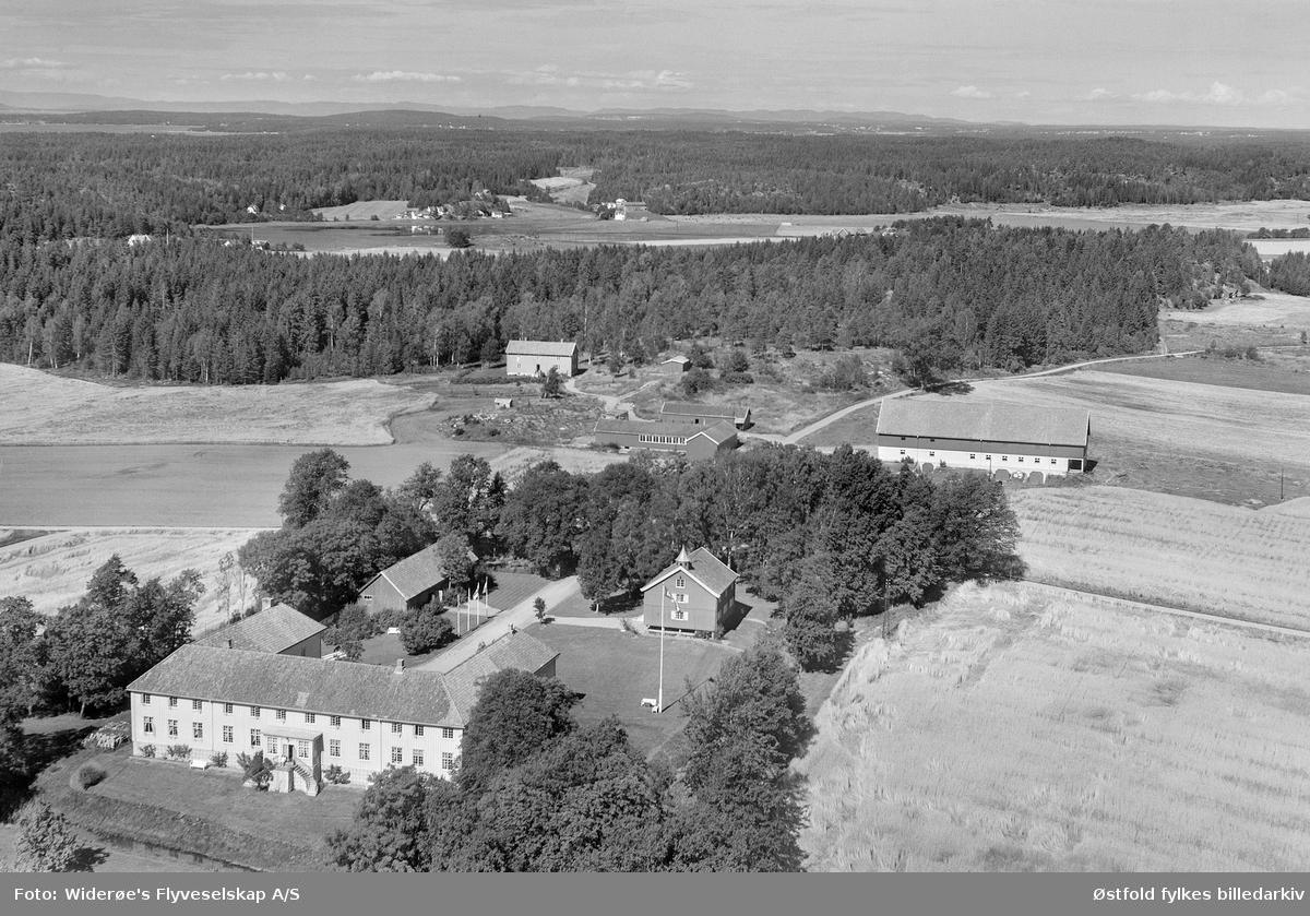 Flyfoto fra Elingård i Onsøy i 1956.