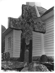 Det eldgamle kors ved Loen kirke