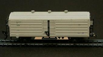 Modell i skala 1:87 av vit kylvagn Nr: 64177. Pocher Nr 319.  Modell/Fabrikat/typ: Ho