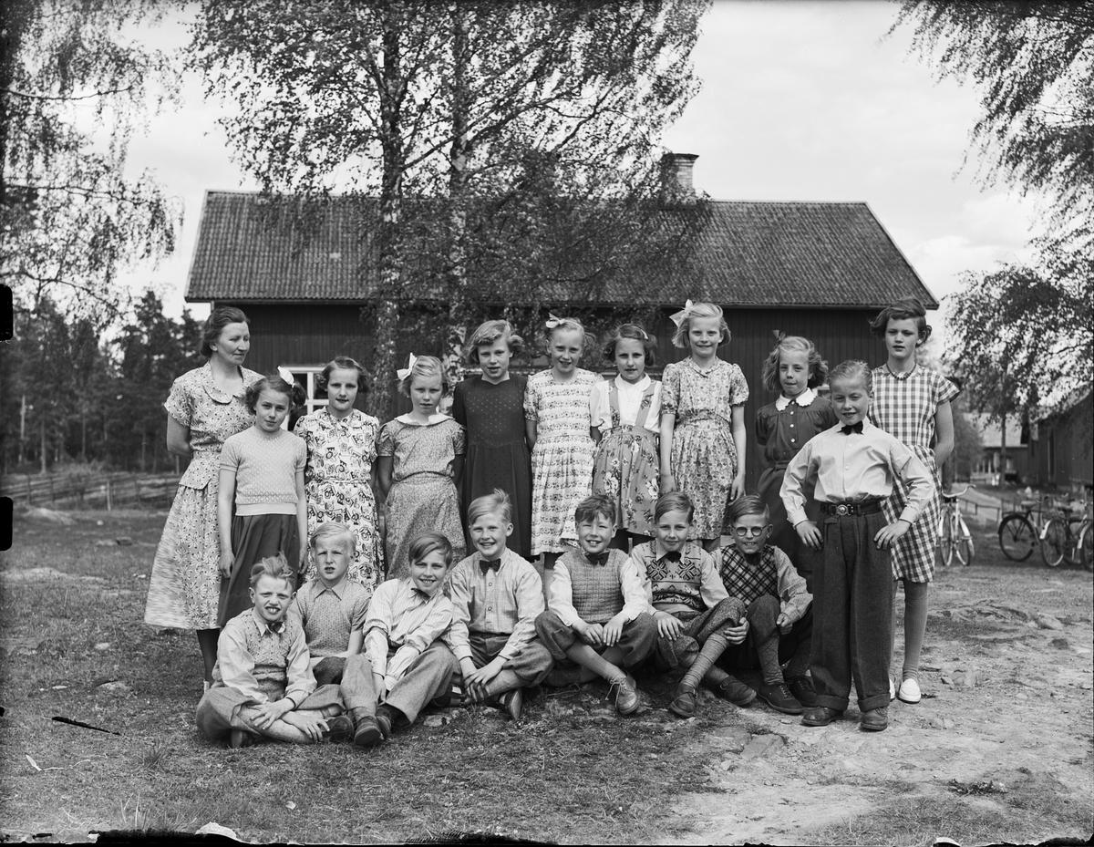 Grupporträtt - skolklass, Östhammar, Uppland