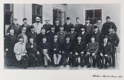 karrolinska läroverkets lärarkår hösten 1893 eller våren 189