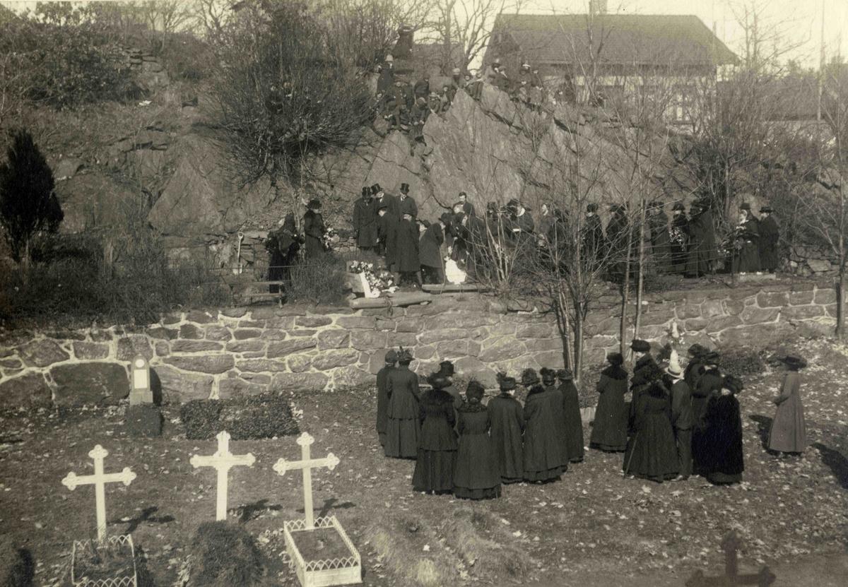 Stedsbilder Arendal Barbu kirkegård - nr 3155
