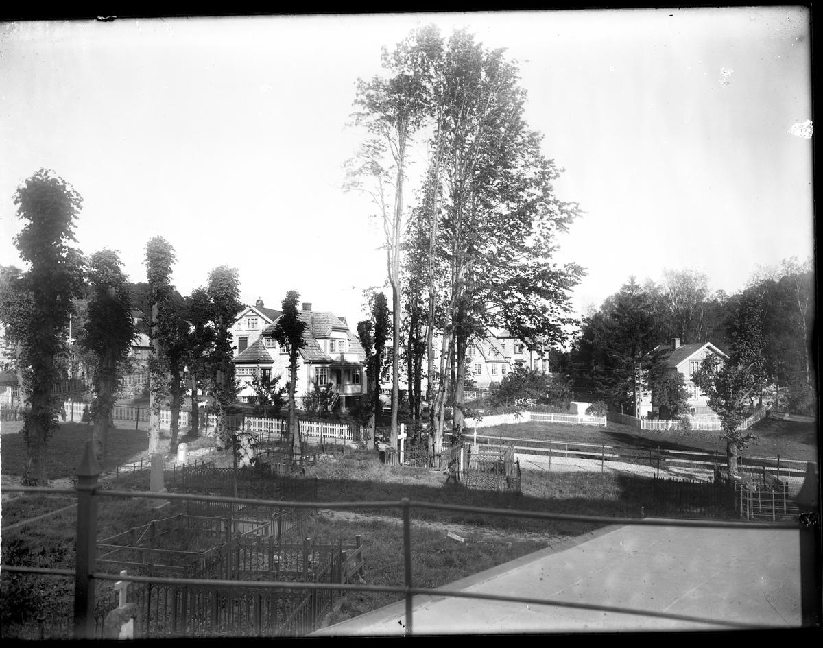 Fladen - Den gamle kirkegården ved Grimstad kirke