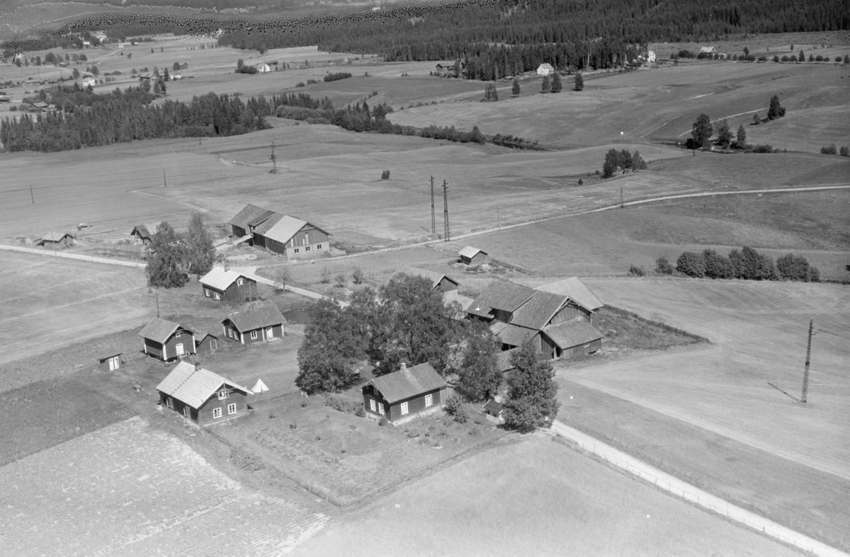 RØNOLD, SØNDRE OG NORDRE (T.V.)