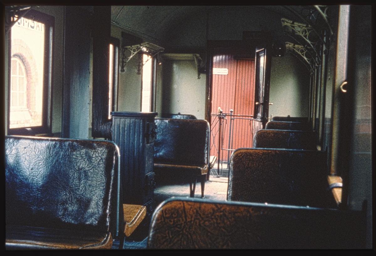 Interiør i 3. klasseavdelingen i personvogn BCo 3.