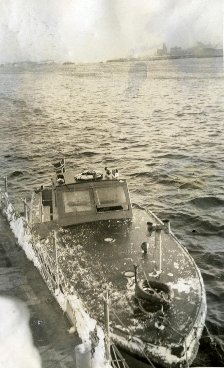 Album Ubåtjager King Haakon VII 1942-1946 Hallifax N.S. Desember 1943.